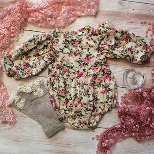 Baby Girls Vintage Floral Romper & Legwarmers